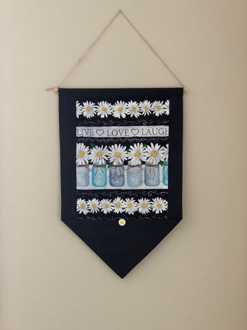 Daisy Wall Hanging