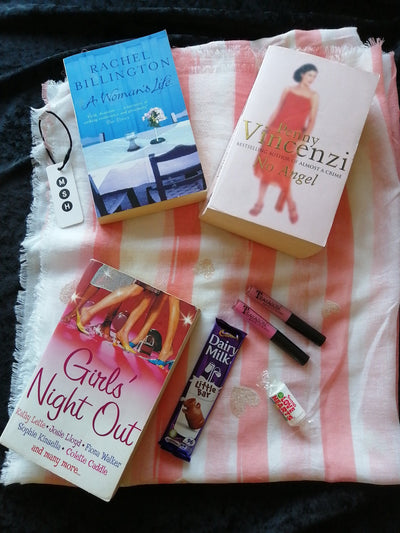 Chicklit Luxury Book Pack - Old Curiosity Bookshop