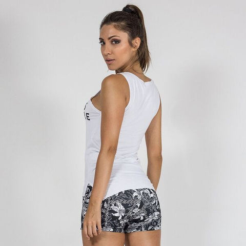 LABELLAMAFIA FITNESS ADDICTION WHITE SHIRT