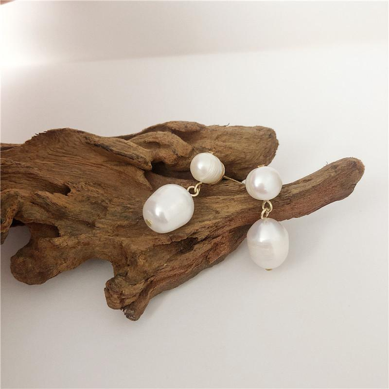 Silver needle retro temperament pearl earring