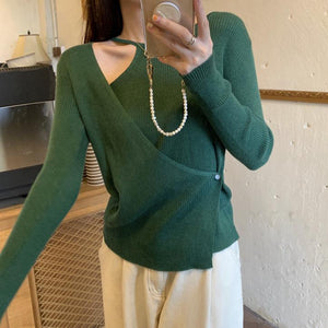 Off shoulder long flare sleeve short dress