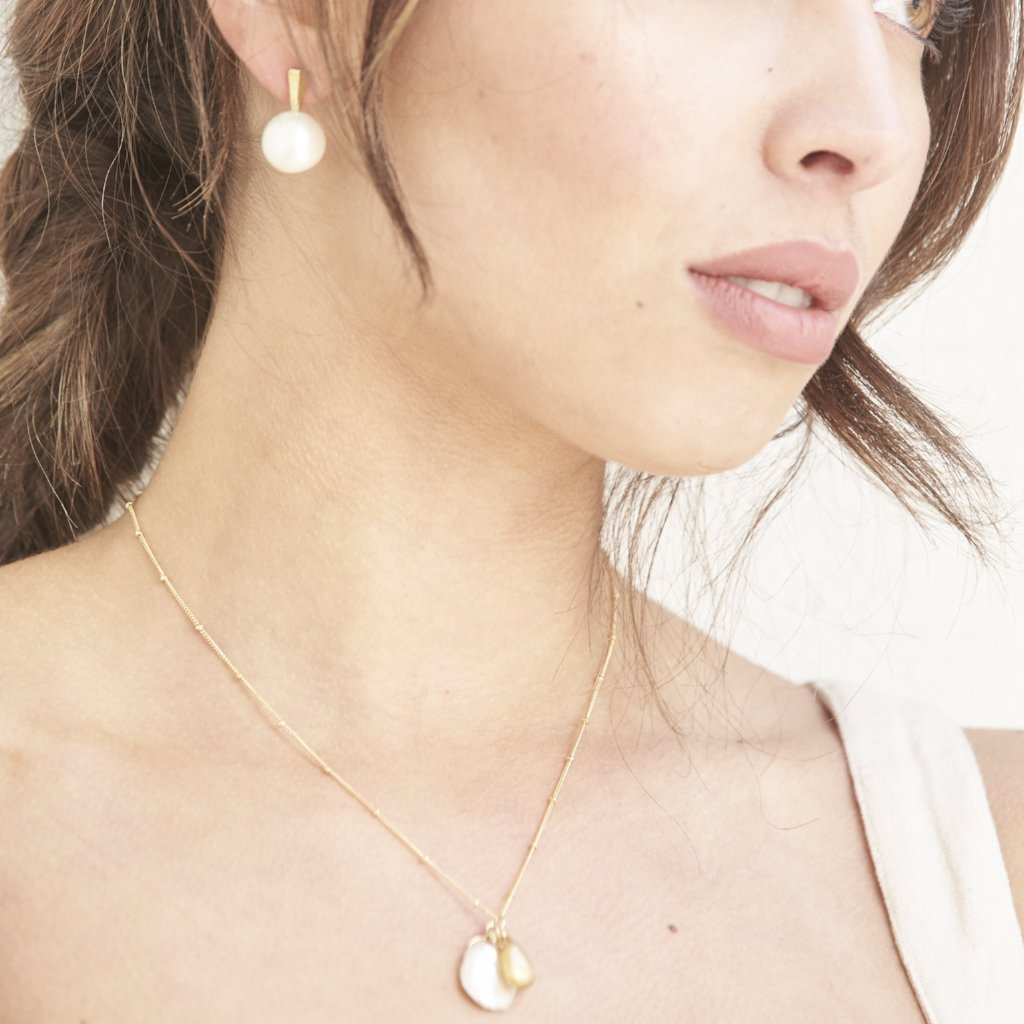 Island Snow Necklace- Gold
