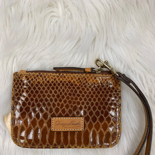 Primary Photo - BRAND: DOONEY AND BOURKE STYLE: WRISTLET COLOR: SNAKESKIN PRINT SKU: 198-198104-158