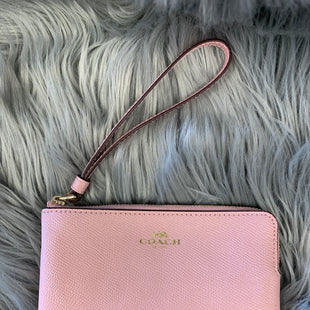 Primary Photo - BRAND: COACH STYLE: WRISTLET COLOR: LIGHT PINK SKU: 198-19888-22463