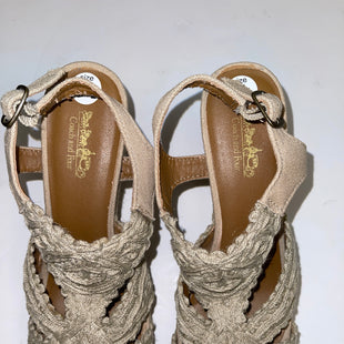Primary Photo - BRAND: COACH STYLE: SANDALS LOW COLOR: BEIGE SIZE: 6.5 SKU: 198-19888-30370