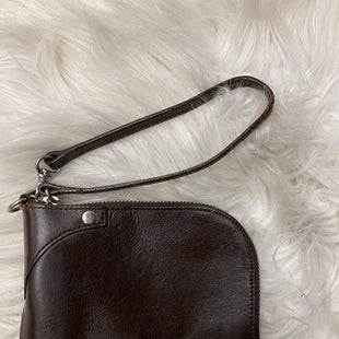 Primary Photo - BRAND: GAP STYLE: WRISTLET COLOR: BROWN SKU: 198-19888-25687