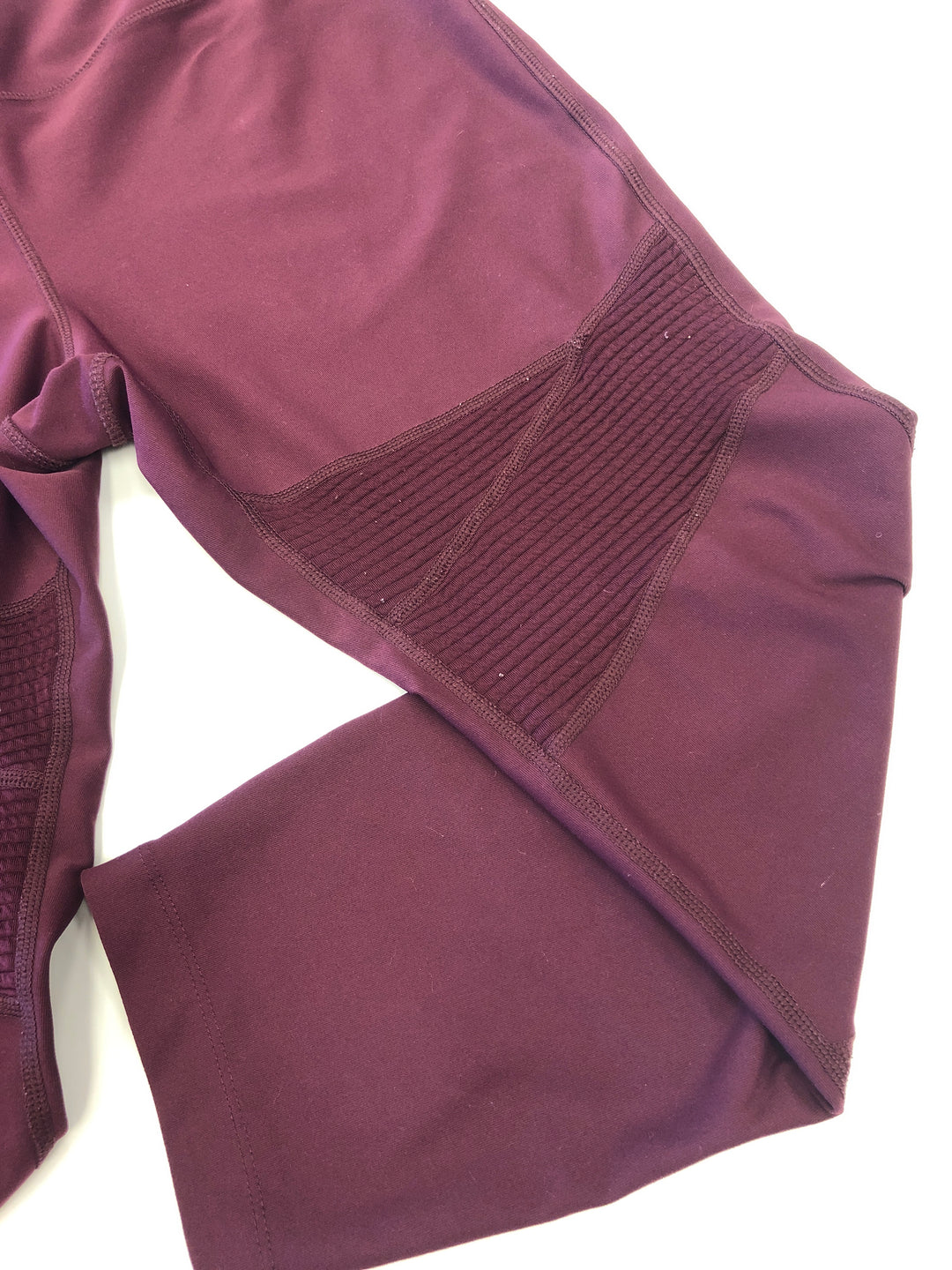 Photo #1 - BRAND: AVIA <BR>STYLE: ATHLETIC CAPRIS <BR>COLOR: BURBERRY PLAID <BR>SIZE: L <BR>SKU: 198-19888-33335