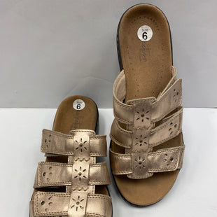 Primary Photo - BRAND: CLARKS STYLE: SANDALS COLOR: GOLD SIZE: 6 SKU: 198-19898-4980