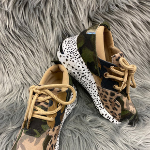 Primary Photo - BRAND: STEVE MADDEN STYLE: SHOES ATHLETIC COLOR: ANIMAL PRINT SIZE: 6.5 SKU: 198-19888-22855