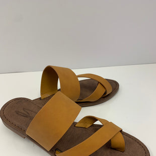 Primary Photo - BRAND: SEVEN 7 STYLE: SANDALS FLAT COLOR: MUSTARD SIZE: 6 OTHER INFO: NEW! SKU: 198-19888-31880