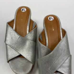 Primary Photo - BRAND: HALOGEN STYLE: SANDALS HIGH COLOR: SILVER SIZE: 8.5 SKU: 198-19888-24718