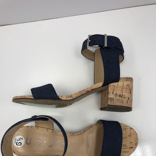 Primary Photo - BRAND: UNISA STYLE: SANDALS LOW COLOR: DENIM SIZE: 6.5 SKU: 198-19888-33413