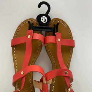 Primary Photo - BRAND: VINCE CAMUTO STYLE: SANDALS FLAT COLOR: CORAL LEATHERSIZE: 10 SKU: 198-19812-10693