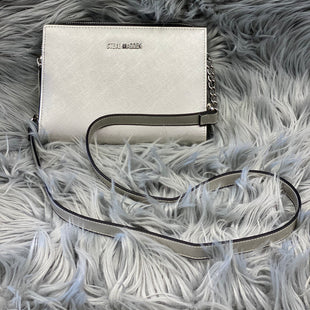 Primary Photo - BRAND: STEVE MADDEN STYLE: HANDBAG COLOR: SILVER SIZE: SMALL SKU: 198-19812-11966