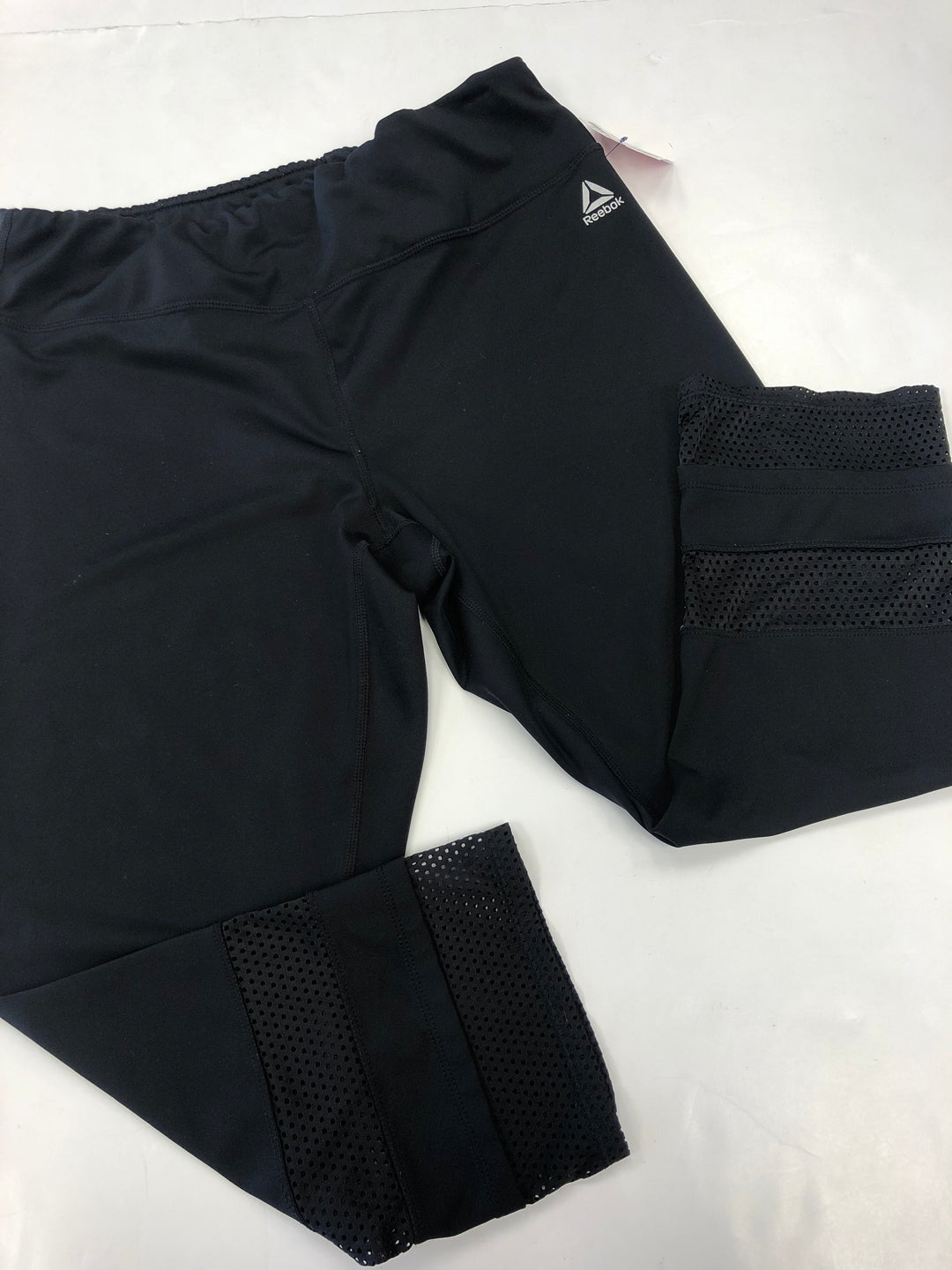 Primary Photo - BRAND: REEBOK <BR>STYLE: ATHLETIC CAPRIS <BR>COLOR: BLACK <BR>SIZE: L <BR>SKU: 198-19888-26395