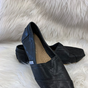 Primary Photo - BRAND: TOMS STYLE: SHOES FLATS COLOR: BLACK SIZE: 7.5 SKU: 198-19888-24246