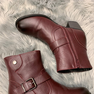 Primary Photo - BRAND:    CLOTHES MENTOR STYLE: BOOTS ANKLE COLOR: BURGUNDY SIZE: 8 OTHER INFO: PROPET ANKLE BOOT - SKU: 198-19812-8249