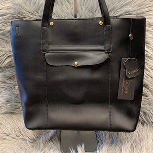 Primary Photo - BRAND:    CLOTHES MENTOR STYLE: HANDBAG LEATHER COLOR: BLACK SIZE: LARGE OTHER INFO: LIONEL - NEW! VEGAN LEATHER SKU: 198-19888-24983