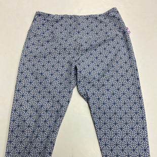 Primary Photo - BRAND: CASABLANCA STYLE: ATHLETIC CAPRIS COLOR: BLUE WHITE SIZE: XL SKU: 198-19888-36142