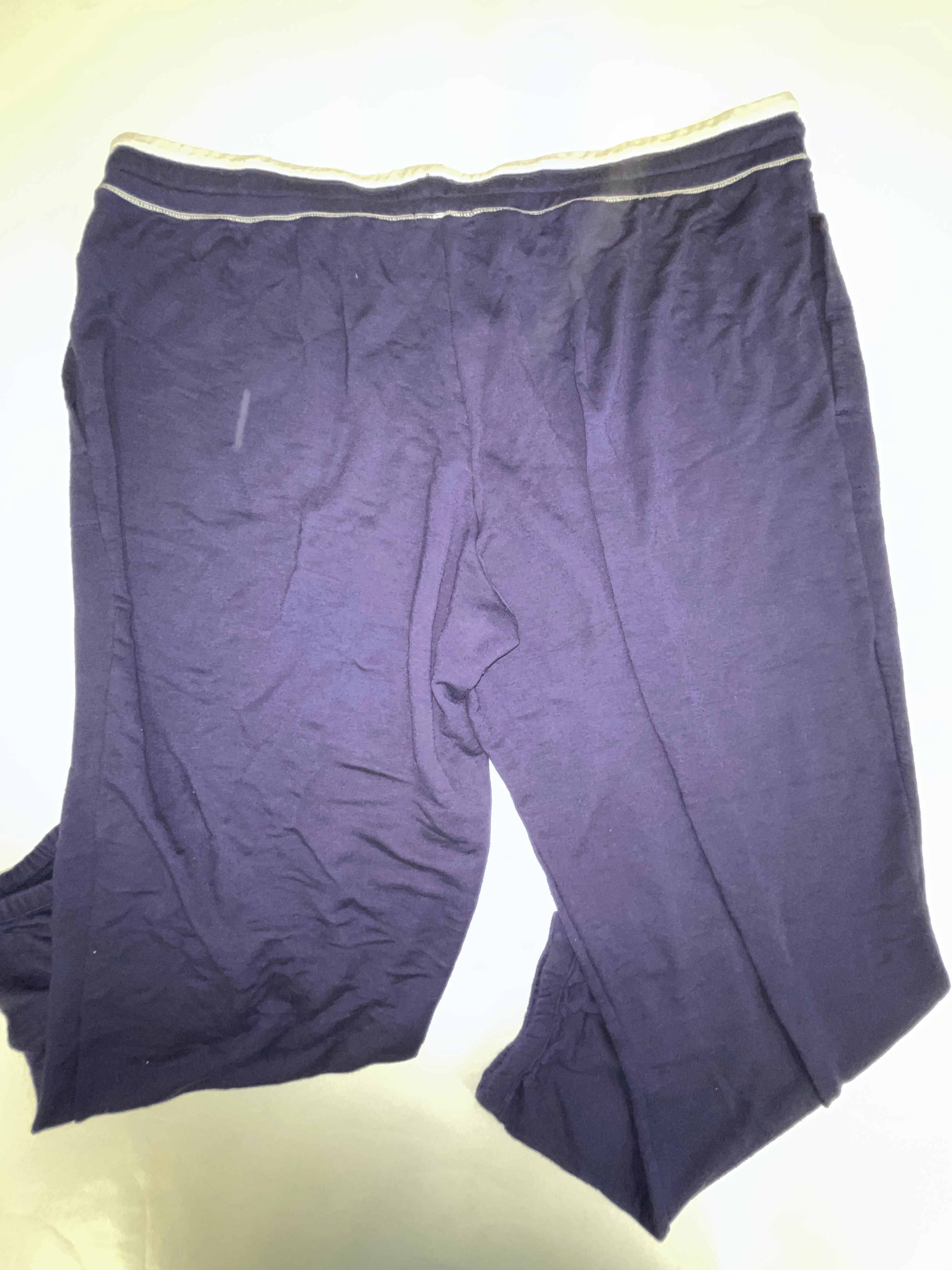 Photo #1 - BRAND: SIMPLY VERA <BR>STYLE: ATHLETIC CAPRIS <BR>COLOR: NAVY <BR>SIZE: XXL <BR>SKU: 198-19888-31863