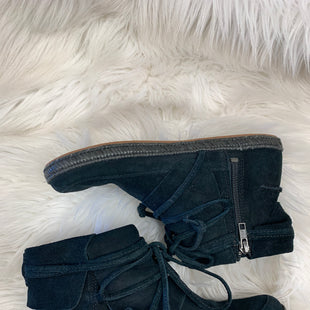 Primary Photo - BRAND: UGG STYLE: BOOTS ANKLE COLOR: BLACK SIZE: 6.5 SKU: 198-19888-24373