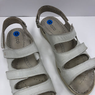 Primary Photo - BRAND: ECCO STYLE: SANDALS FLAT COLOR: OFF WHITE SIZE: 11 SKU: 198-19812-16762