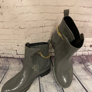 Primary Photo - BRAND: NICOLE BY NICOLE MILLER STYLE: BOOTS RAIN COLOR: GREY SIZE: 10 SKU: 198-19888-24282