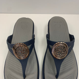 Primary Photo - BRAND: CROCS STYLE: SANDALS FLAT COLOR: NAVY SIZE: 8 SKU: 198-19888-31757