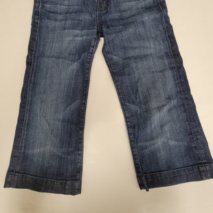 Primary Photo - BRAND: SEVEN FOR ALL MANKIND STYLE: CAPRIS COLOR: DENIM SIZE: 2 SKU: 198-19888-30423