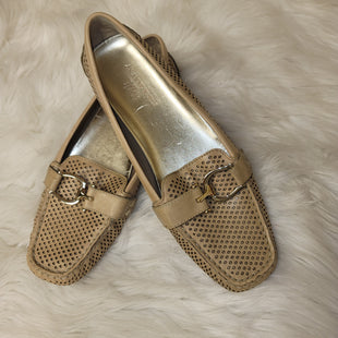 Primary Photo - BRAND: ANNE KLEIN STYLE: SHOES FLATS COLOR: TAN SIZE: 8 SKU: 198-19812-12075