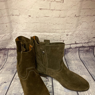 Primary Photo - BRAND:  FRYE AND CO.STYLE: BOOTS ANKLE COLOR: OLIVE SIZE: 7.5 OTHER INFO: FRYE AND CO. - SKU: 198-198129-1140