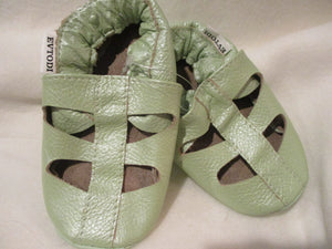 Age/Size: 18-24 Months. Top: Pearly Light Green. Sole: Light Green.