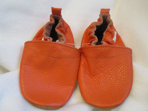 Age/Size: 3 Years. Top: Pumpkin. Sole: Orangish Brown Suede.