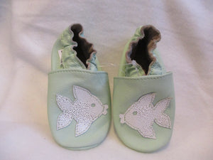 Age/Size: 18-24 Months. Top: Lt. Green, Silver Fish. Sole: Lt. Green.