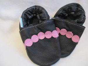 Age/Size: 18-24 Months. Top: Black / Pink Dots.  Sole: Black.