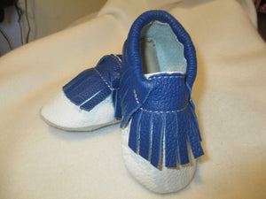 Age/Size: 2 years. Top: White Shoes with Navy Blue Fringes.  Sole: Natural Suede.