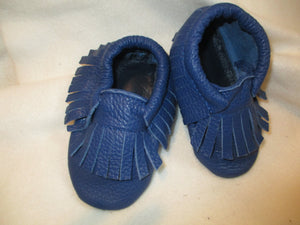 Age/Size: 2 years. Top: Navy Blue/Navy Blue Fringes. Sole: Dark Blue.