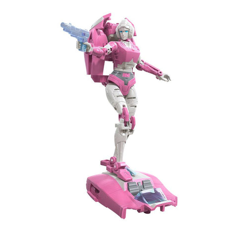 Transformers Generations War for Cybertron: Earthrise Arcee Figure