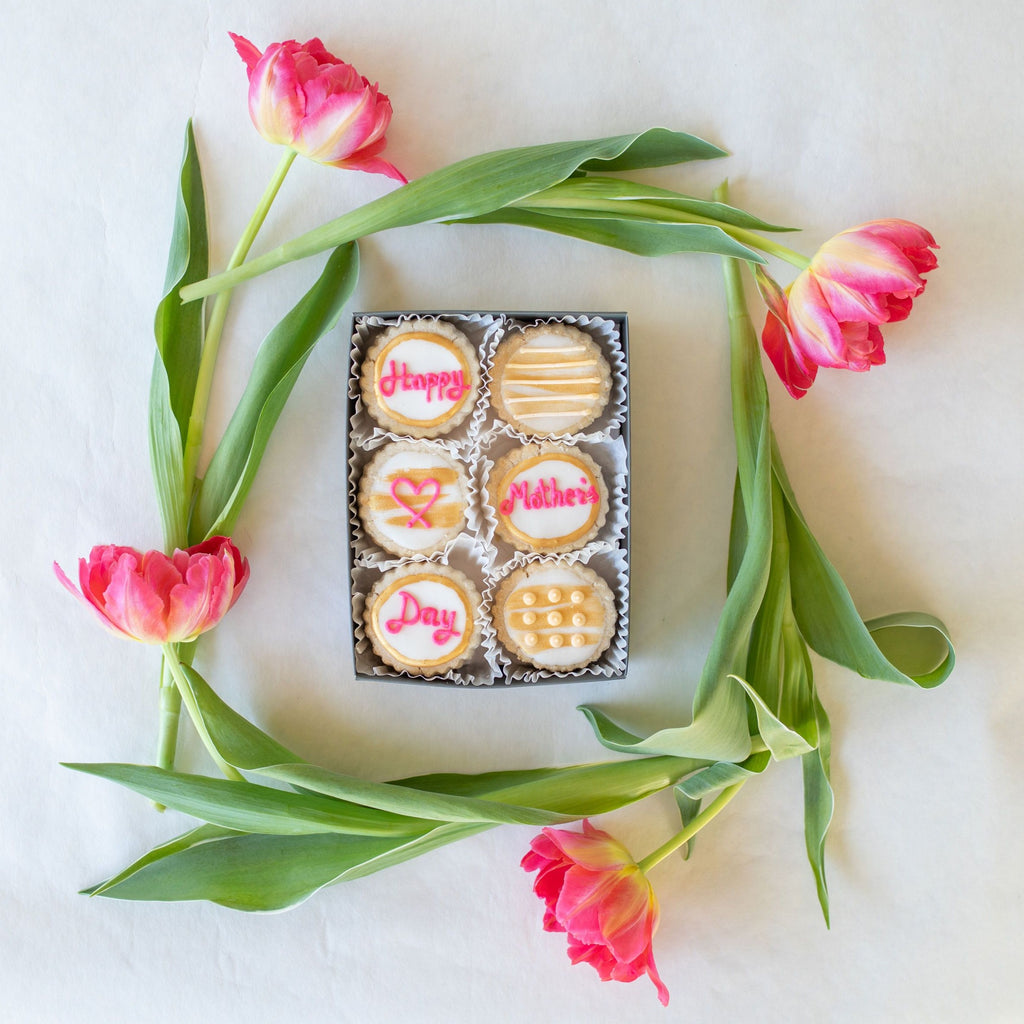 XO Mother's Day Tin (6-piece)