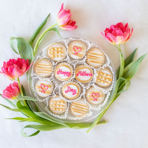 XO Mother's Day Tin (12-piece)