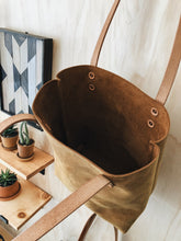 Load image into Gallery viewer, Original Leather Tote