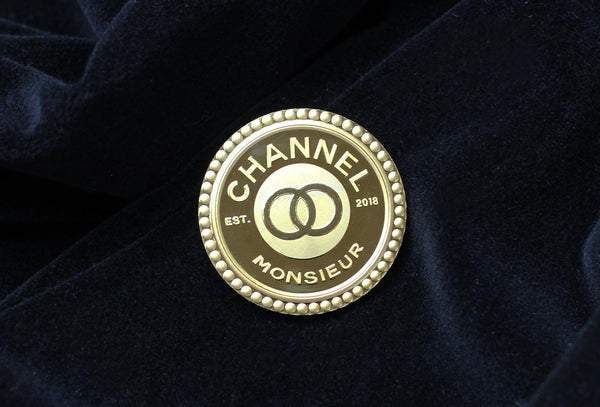 18K Luxury Medallion Pin