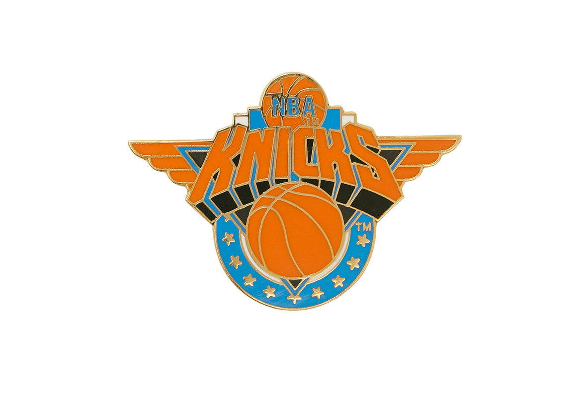 Vintage NBA Knicks Pin