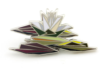 Naturel Luxury Lily Pond Pin