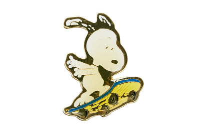 Vintage Snoopy 9 Pin