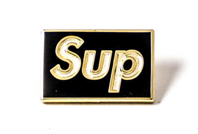 Pin Sup - Gold on Black