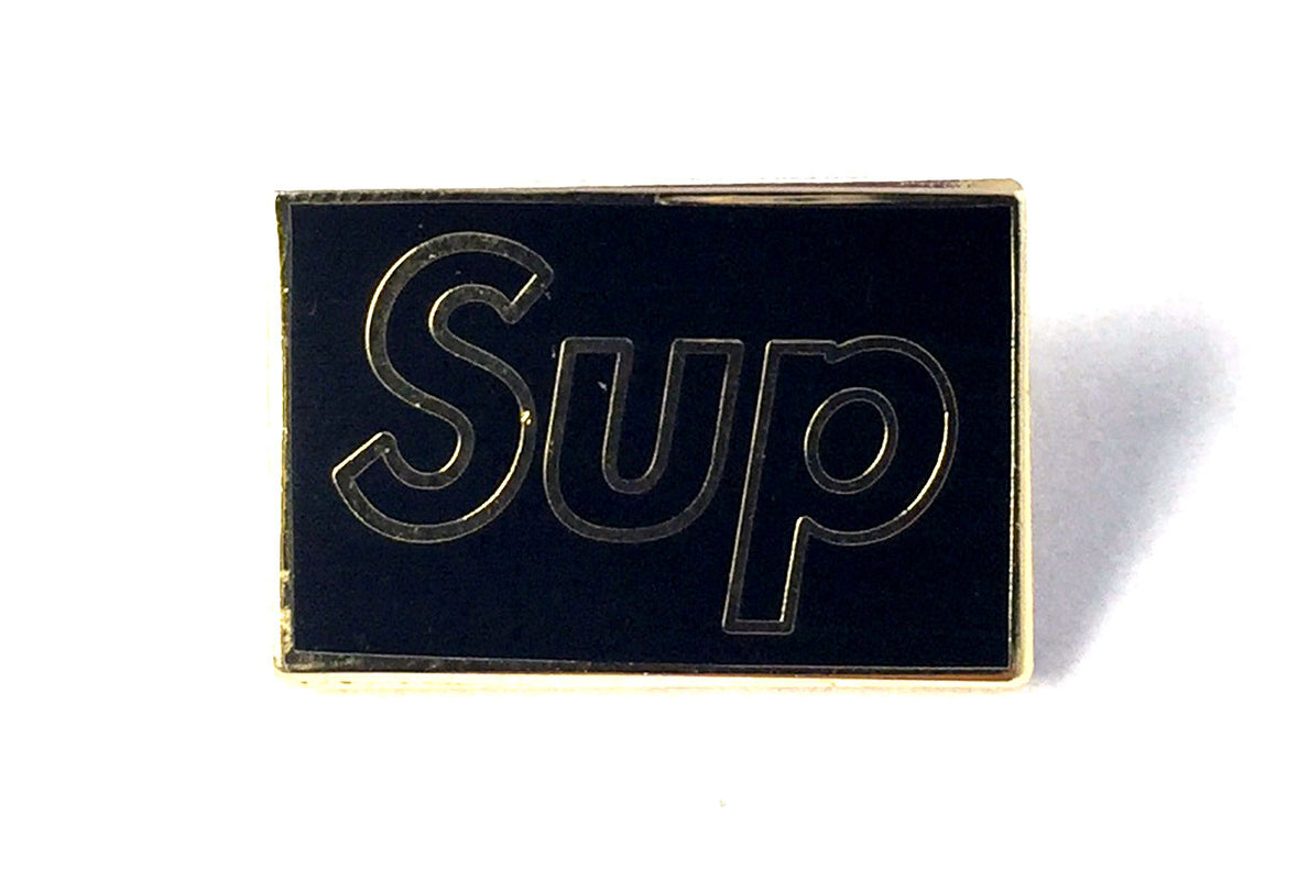 Pin Sup - Gold Outline
