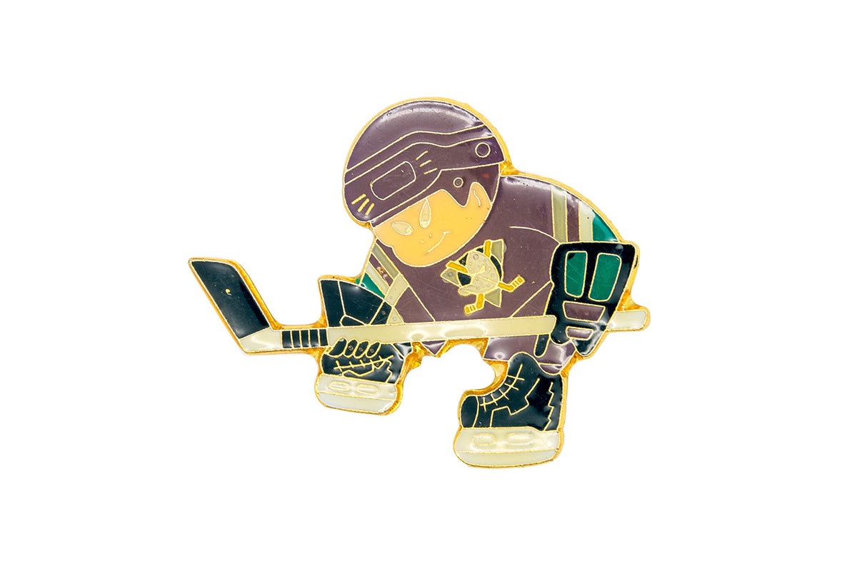 Vintage Ducks Player Pin