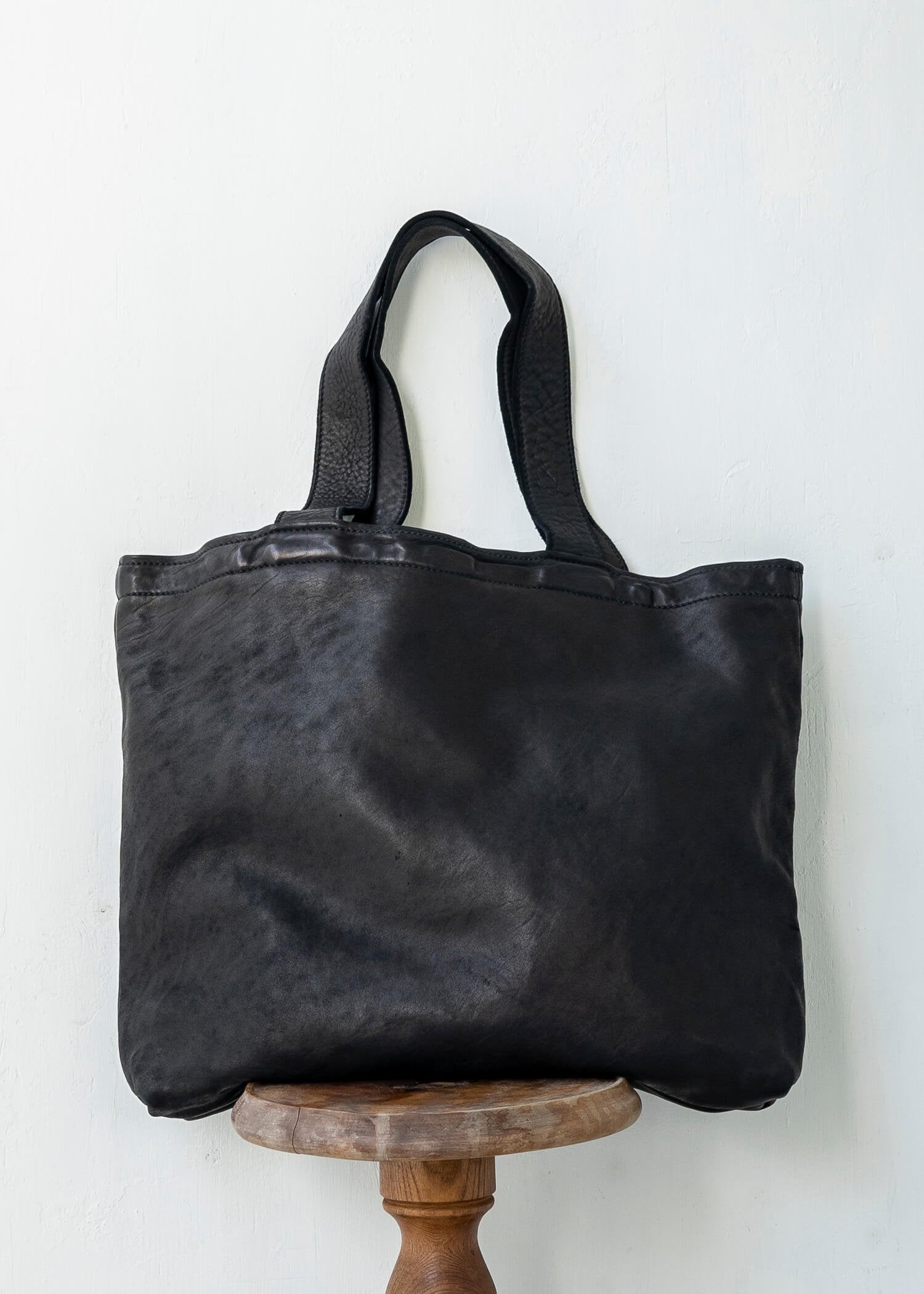 "GUIDI / ""SH2"" SHOPPER BAG / SOFT HORSE FULL GRAIN / BLKT"