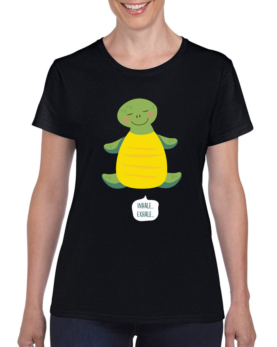 Funny | Turtle - Can Breathe Through Their Butts | T-shirt | Women's